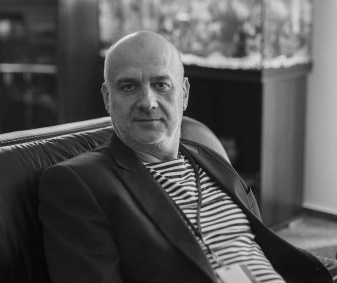 Interviu cu Dumitru Costin