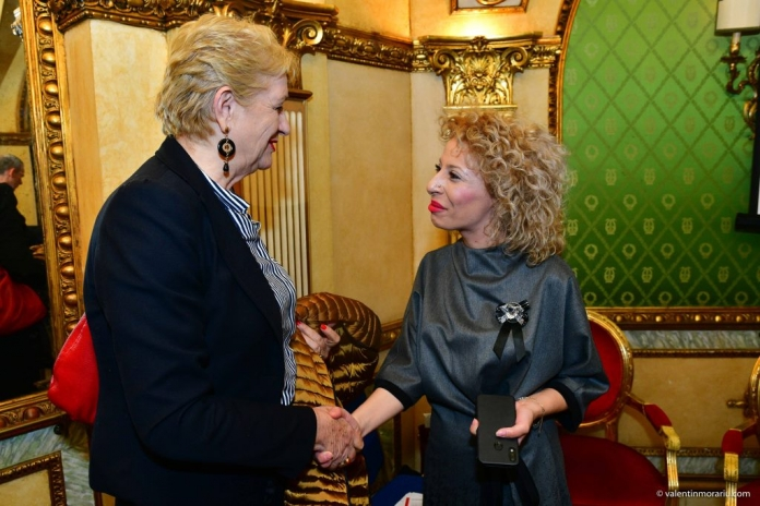 Bianca Tudor (foto dreapta) la networking