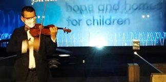 Alexandru Tomescu, recital Piața Unirii